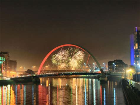 2016 2017 new year holidays in scotland