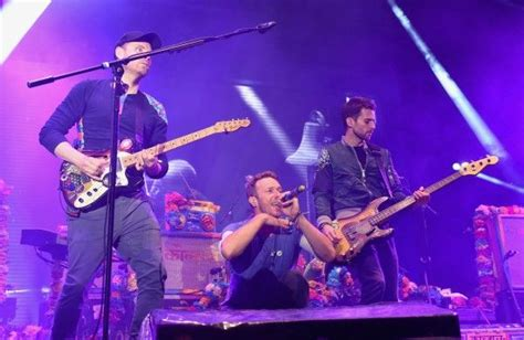 coldplay announce new music in 2017 one news page video new coldplay music is coming the mix radio extra