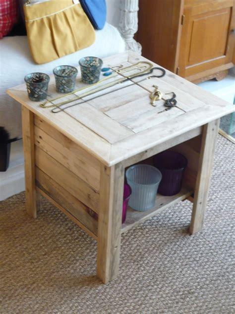 Table De Nuit En Palette table de nuit en palette de bois ciabiz