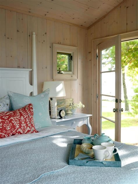cottage style bedrooms 7 guest bedroom design ideas hgtv