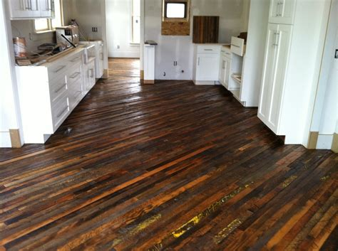 reclaimed wood floor l carpet vidalondon