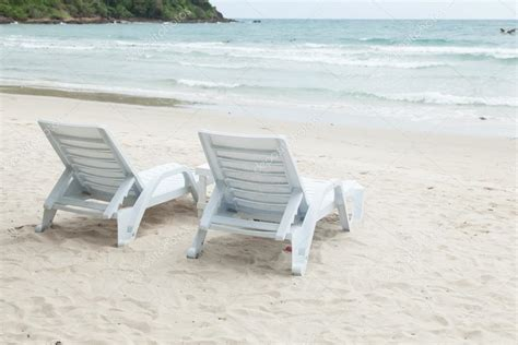 beach benches white benches and tables stock photo 169 noname454 30760309