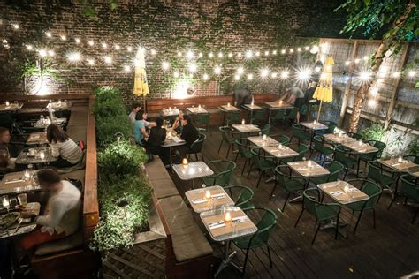 Restaurants With Gardens Nyc by 13 Must Visit Patios For Summer Dining In New York