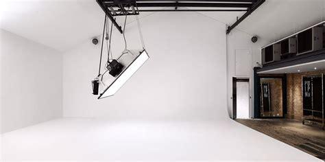 studio four pin up