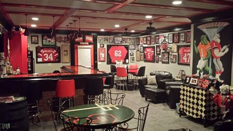 Wwe Bedroom Decor photos georgia fan has one of the most amazing man caves