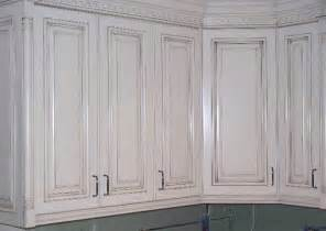 How To Glaze Painted Cabinets A Quot Rub Through Quot Glaze Paint Finish