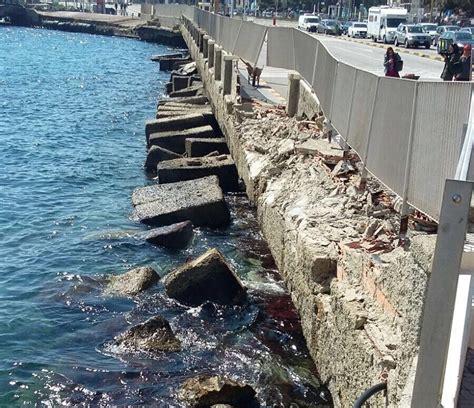 porto di messina traghetti messina traghetto si schianta sulla costa dopo avaria