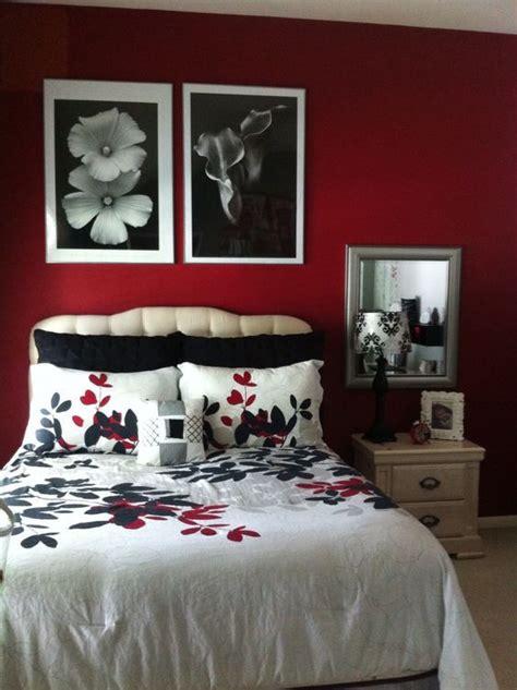 elegant blackwhite  red bedroom design ideas