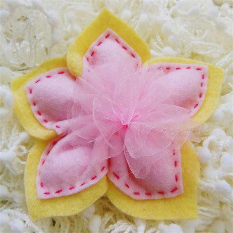 confetti a forma di fiore bomboniera in feltro rosa a forma di fiore pu 242 contenere