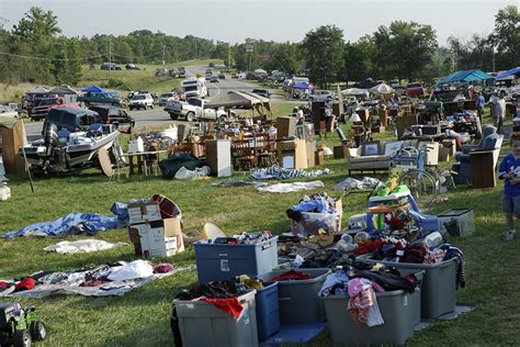 Route 127 Garage Sale by World S Yard Sale On U S Route 127 Amusing Planet