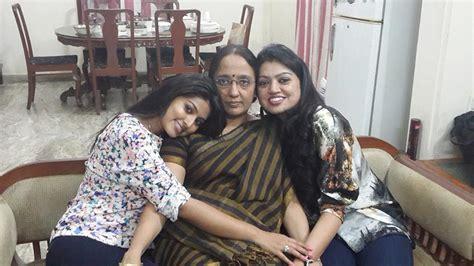 heroine sneha wedding photos actress sneha family photos unseen pics lovely telugu