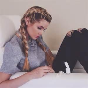 Amber Fillerup 17 chic double braided hairstyles crazyforus