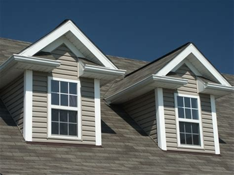 Best Dormer Designs Difference Between The Gable Roof And The Hip Roof Styles