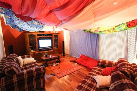 how to make a fort in your room 11 awesome diy forts you can create for your