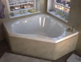 corner soaking bathtubs venzi tovila 60x60 corner soaking bathtub modern