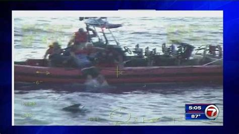 sinking boat florida 4 rescued by coast guard from sinking boat near lake worth