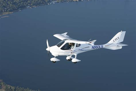 ct light sport aircraft aerojones puts flight design into production flyer