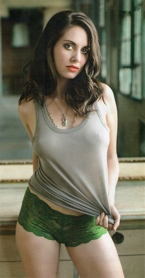 Alison Brie Hottest Photos Collection Ever   Icon Magazine