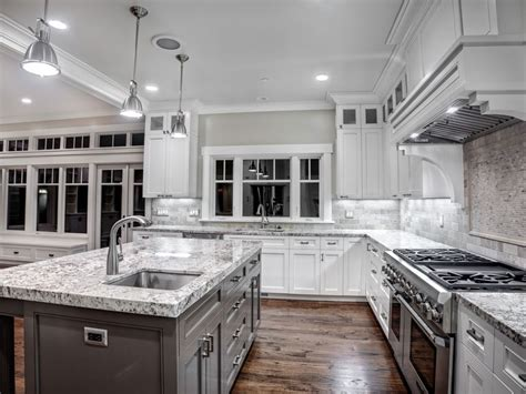Kitchen Cabinets In Mississauga Black Granite Countertops White Subway Tile Backsplash