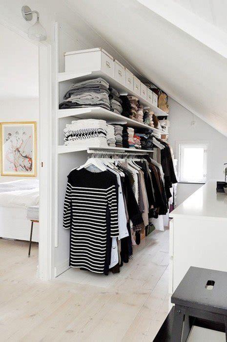 il guardaroba 6 modi per organizzare il guardaroba in mansarda mansarda it