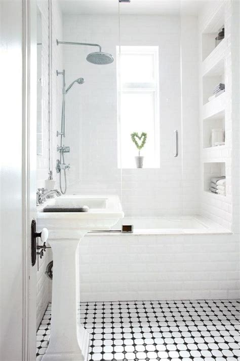 small bathroom white best 25 white houses ideas on pinterest bathrooms bath room and neutral small