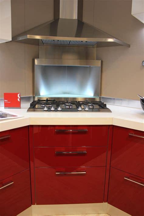cucine moderne con piano cottura ad angolo cucine con fuochi ad angolo