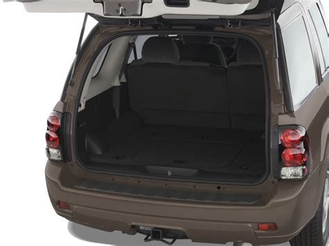 image  chevrolet trailblazer wd  door lt wlt trunk size    type gif posted