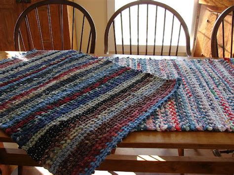 make a rag rug 88 best images about peg loom weaving and knitting on fabric rug sheets and