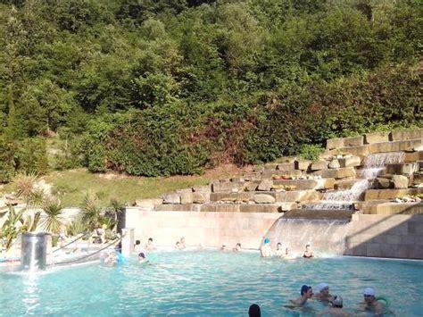 eurotel terme bagno di romagna cascata termale in piscina esterna foto di r 242 seo