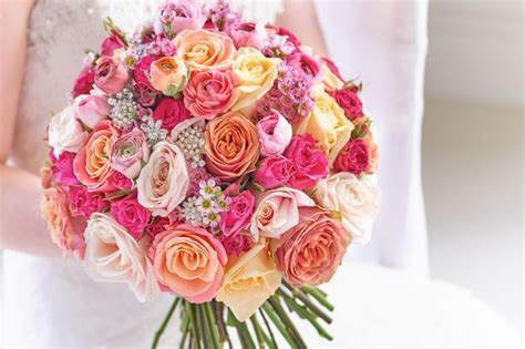 wedding day flowers dazzle in your wedding dress whatever the venue