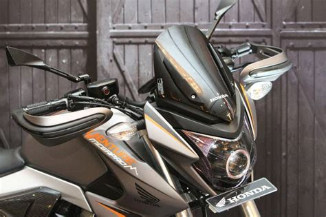 Lu Hid Motor Cs1 modifikasi honda new megapro bergenre touring ala ahm