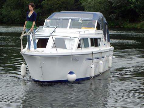 river thames boat licence fees classic crusiers windsor marina resales buy or sell