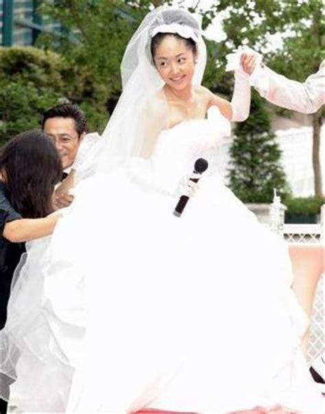 jun matsumoto and mao inoue married hyd promo event matsumoto jun and inoue mao get married