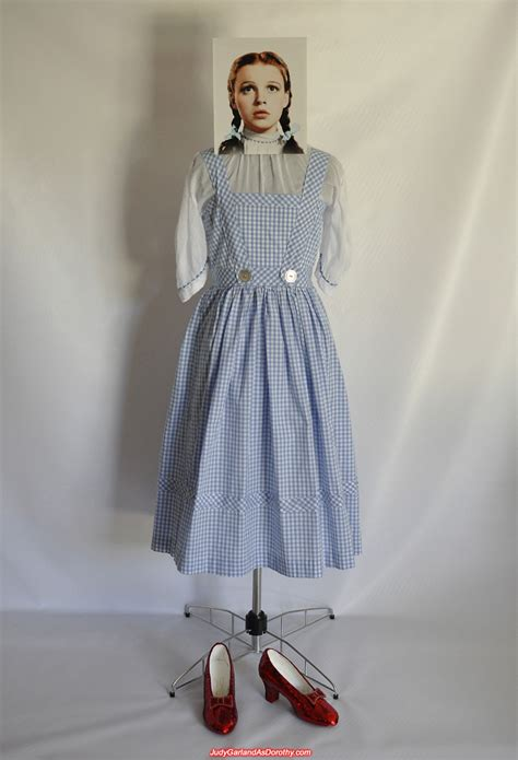 dorothy s lao pride forum exact reproduction of judy garland s gingham pinafore dress 1939