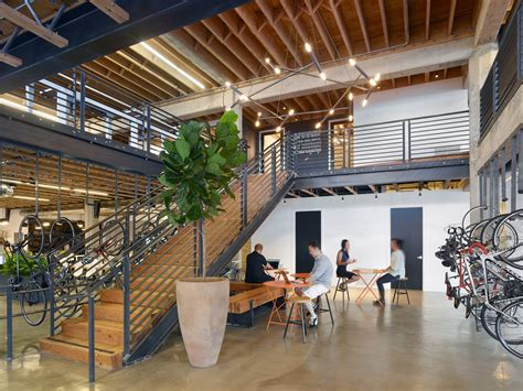 tool headquarters officelovin tech startup offices are the new hiring tools