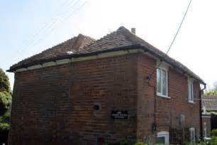 Double Hip Roof Double Hipped Roof Herne Pound Cottage C Oast House