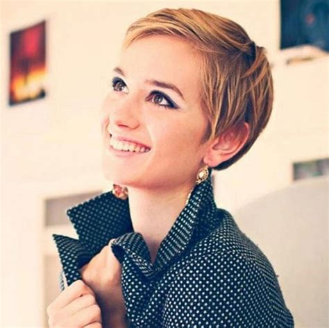 pixie haircut for strong faces 21 lovely pixie haircuts for faces