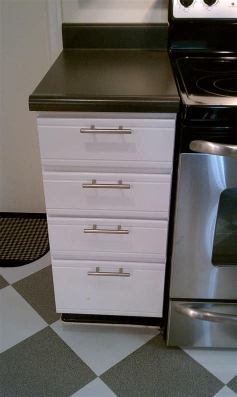 updating laminate kitchen cabinets 25 best ideas about laminate cabinet makeover on