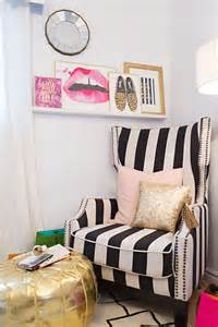adore this black and white chair the lip wall print