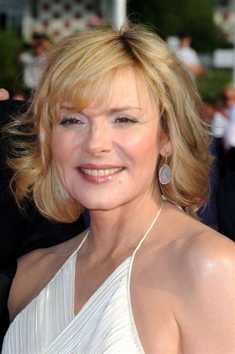 Kim Cattralls Very Short Hairdos Over The Yearsaa | kim cattrall medium curls shoulder length hairstyles