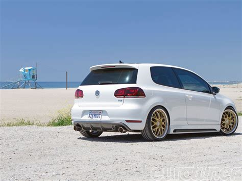 volkswagen golf tdi 2011 2011 vw golf tdi cruiser eurotuner magazine