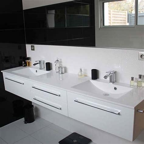 Charmant Vasque Salle De Bain En Verre #3: Meuble-salle-de-bain-long-blanc-design.jpg