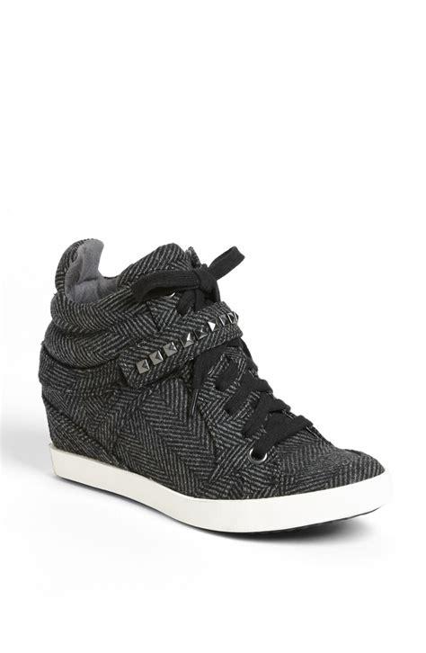 grey wedge sneakers splendid hayden wedge sneaker in gray shadow herringbone