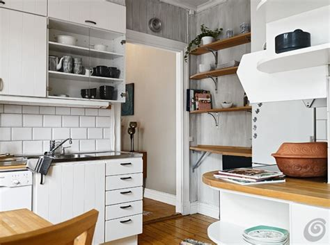 arredare la cucina piccola come arredare una cucina piccola traslocare in italia