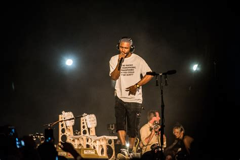 frank ocean listen to free music by frank ocean on listen to episode 007 of frank ocean s blondedradio