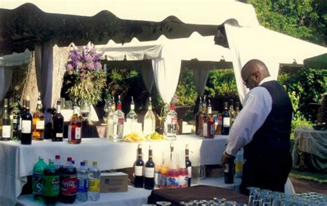 How to Hire A Professional Bartender Service ? Amazon