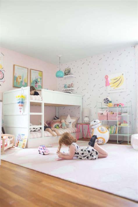 cama kura ikea ideas para ganar espacio en el cuarto de los peques la
