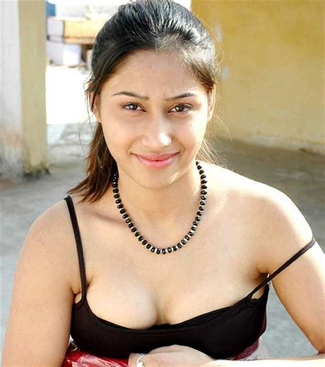 hot indian themes ilona wallpapers indian tamil actress wallpapers high