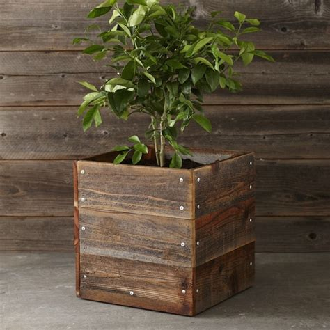 10 Easy Pieces Square Wooden Garden Planters Gardenista Wood Planter Boxes