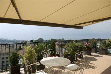 überdachung terrasse stoff terrasse sichtschutz stoff innenr 228 ume und m 246 bel ideen